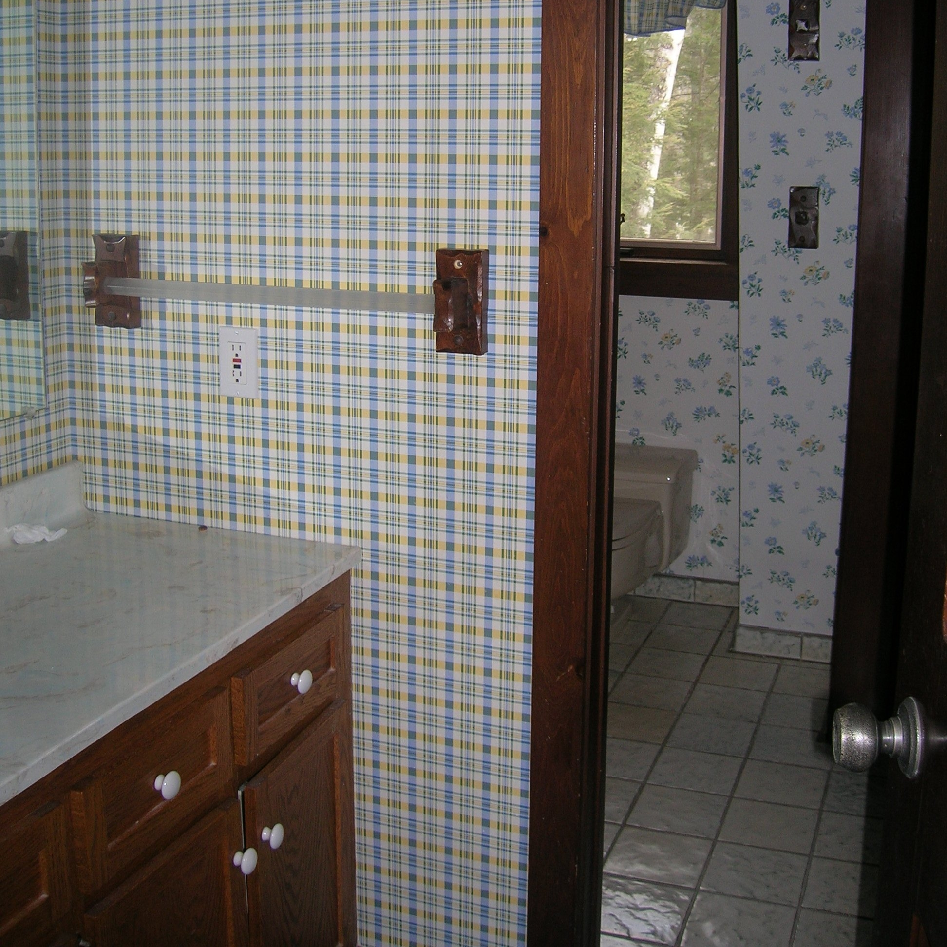 Master Bath.before.jpg