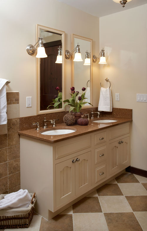 Guest Bath.2.jpg