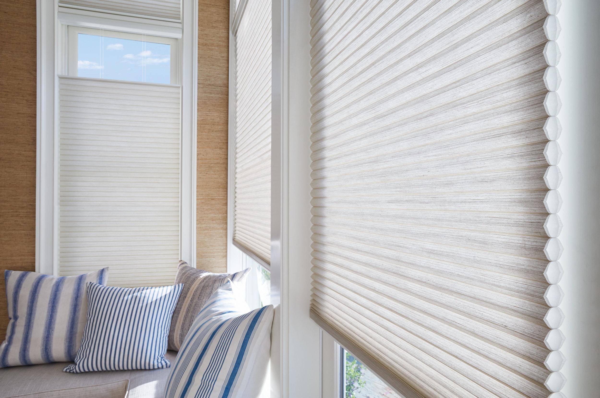 2016_DU_LR_PV_Coastal_Fabric Detail_No Wall Unit.jpg