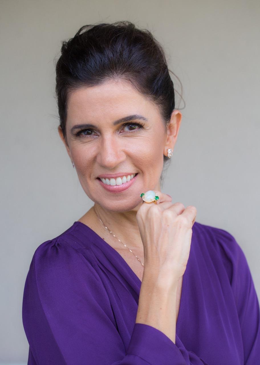 Claudia Lobato