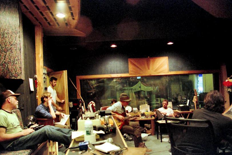 studio_colorb.jpg