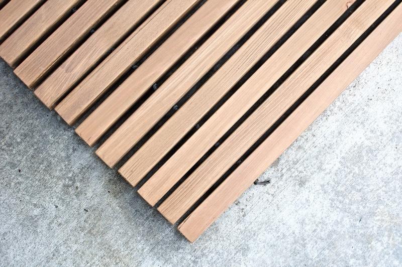 DIY slatted doormat