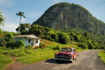 Basel_Viñales_Cuba_09192015_062_GoOverseas.jpg