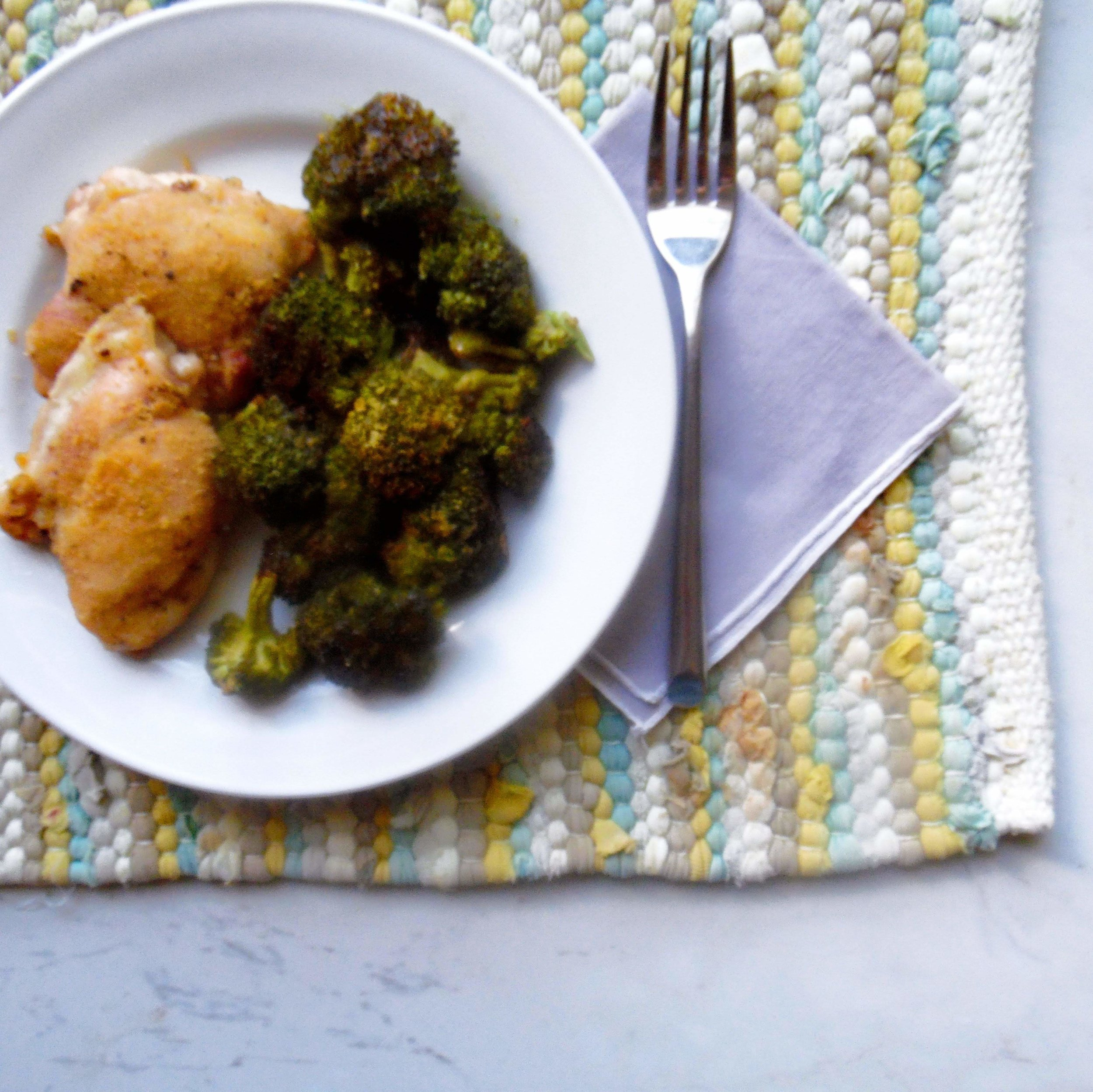 The cheesy, dairy free broccoli will make for a fun week night meal. Paired with these sheet pan chicken thighs will be a total hit.