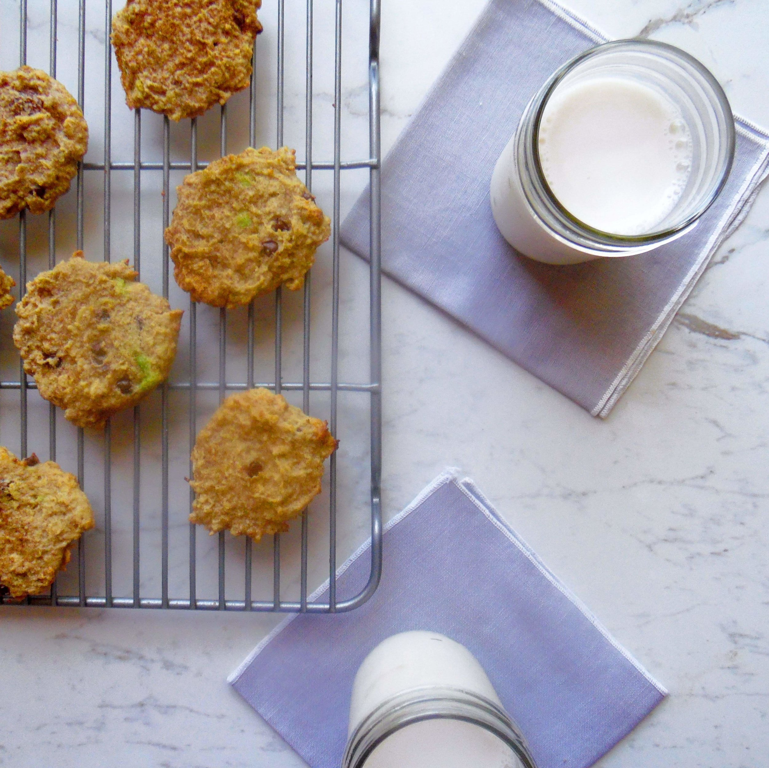 Cookies that met the sugar need with none of the guilt. These healthy babies are yummy and gluten and dairy free.