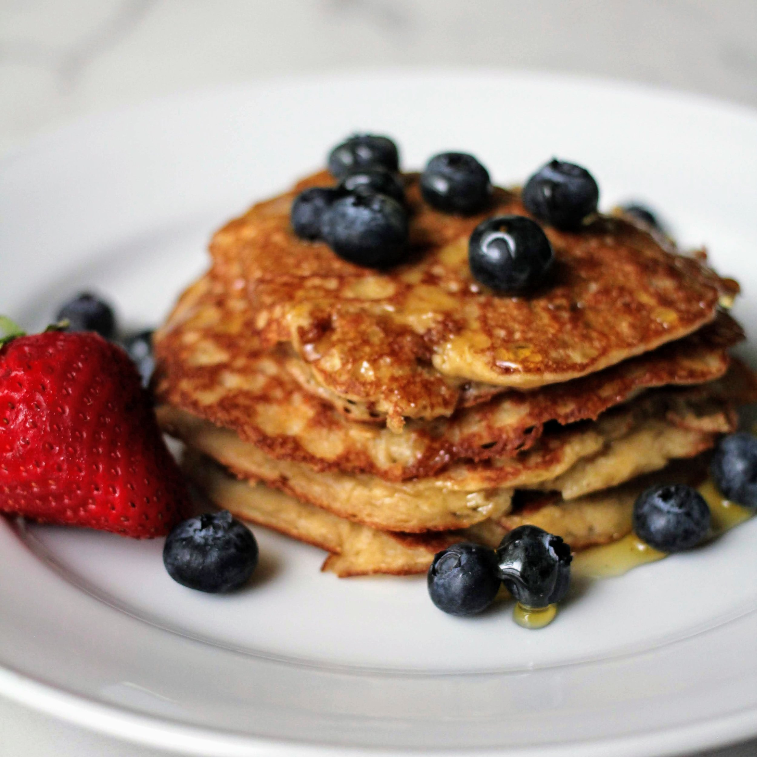 Pancakes that are gluten free and dairy free. Healthy pancakes.