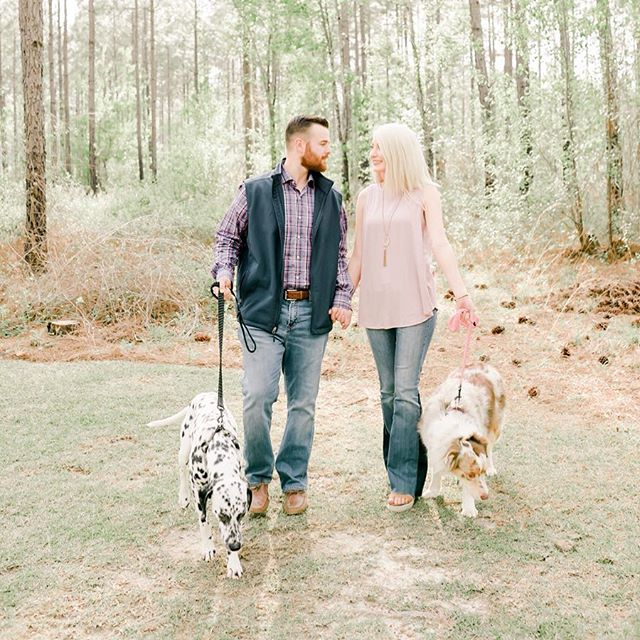 PUPPERS/// I LOVE getting to work with people and their fur babies! Y'all welcome Lindsey + Andrew to the SRP family! We drove down to lovely Tifton, Georgia to the Peach Barn for their engagement session. I had the chance to play with their fur babies and feed them treats. Their babies are just as sweet as they are. ❤️❤️ #srambophoto #albanygaphotographer #tiftongaphotographer #engagementphotos #gaengagementphotographer #gaengagement #furbabies #thepeachbarn #peachbarntiftonga