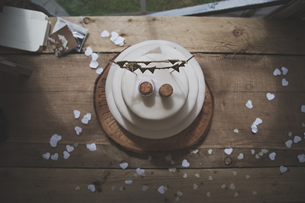 A rustic and simple wedding cake with earthy natural tones - North Wales wedding photography