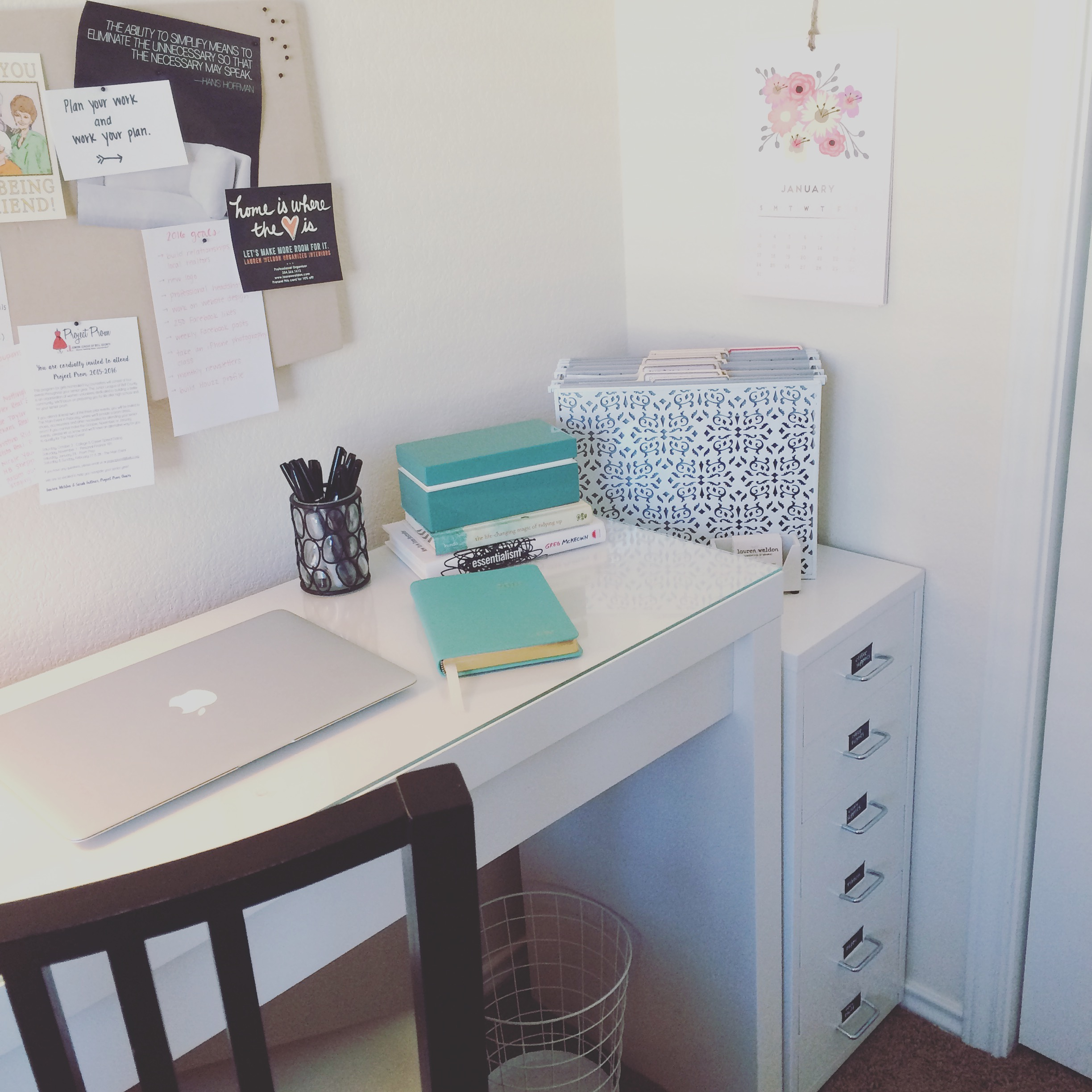 Lauren Weldon [Organized Interiors] - Kansas City Professional Organizer