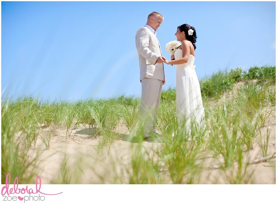 Block Island Wedding Ballards Inn Wedding Block Island Wedding Photographer Block Island Wedding Venue Beach Summer Wedding Outdoor Ceremony Deborah Zoe Photo051