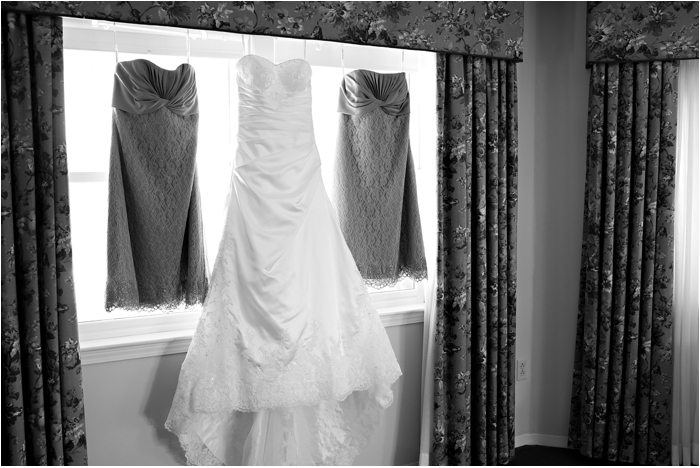 North Conway Wedding New Hampshire Wedding Photographer Winter Wedding Mount Washington Hotel Blue Details New England Wedding Photographer Deborah Zoe Photo0005