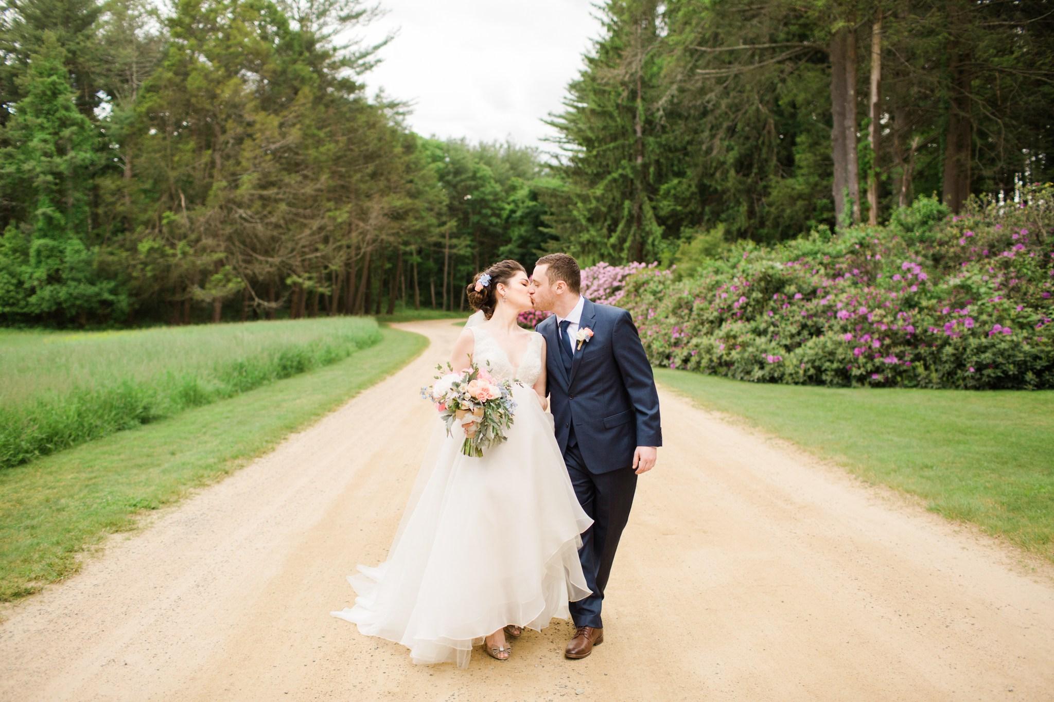 estate_moraine_farm_wedding_photos_deborah_zoe_00079.JPG