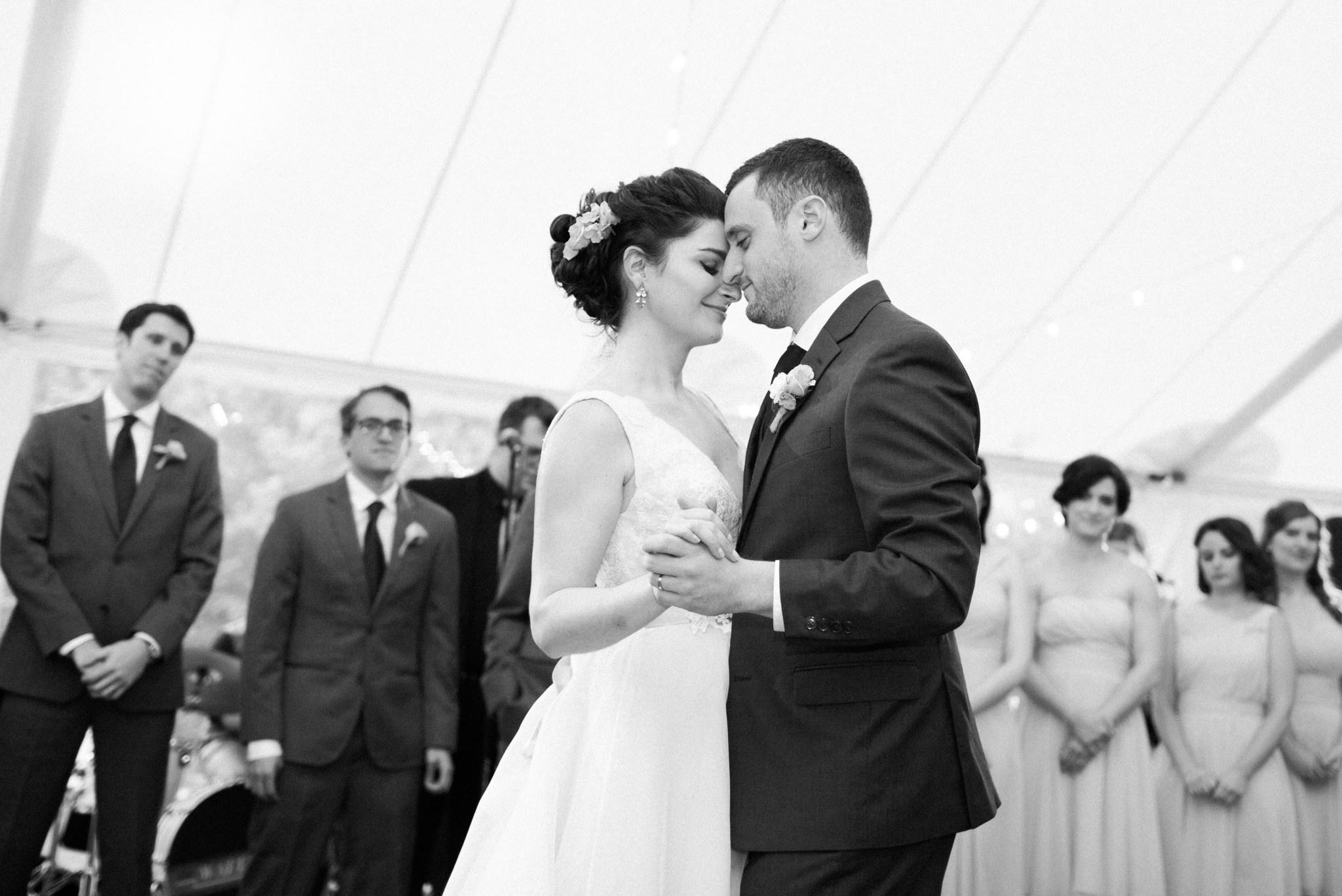 estate_moraine_farm_wedding_photos_deborah_zoe_00098.JPG
