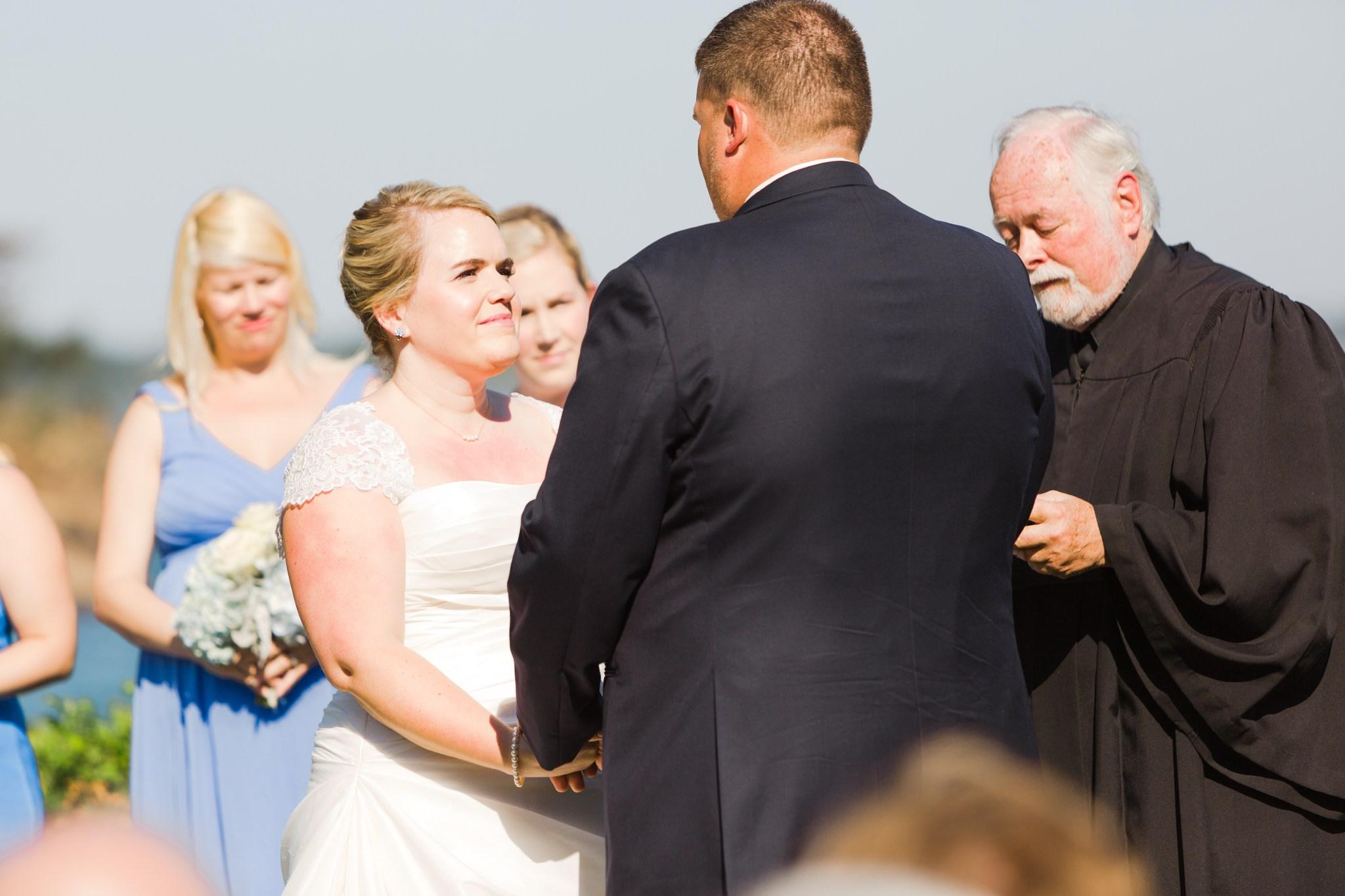 misselwood_endicott_college_wedding_photos_00053.JPG