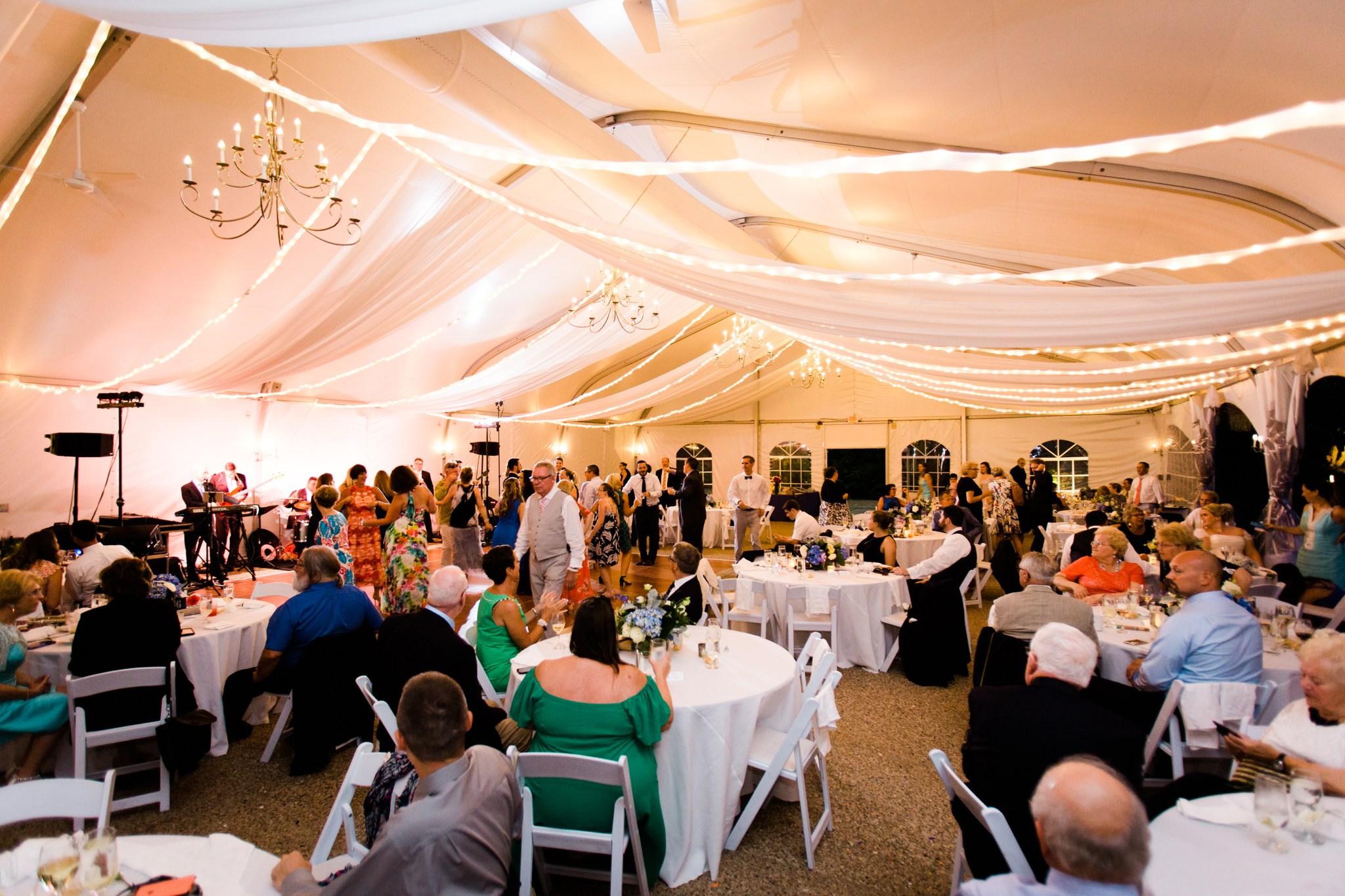 misselwood_endicott_college_wedding_photos_00095.JPG