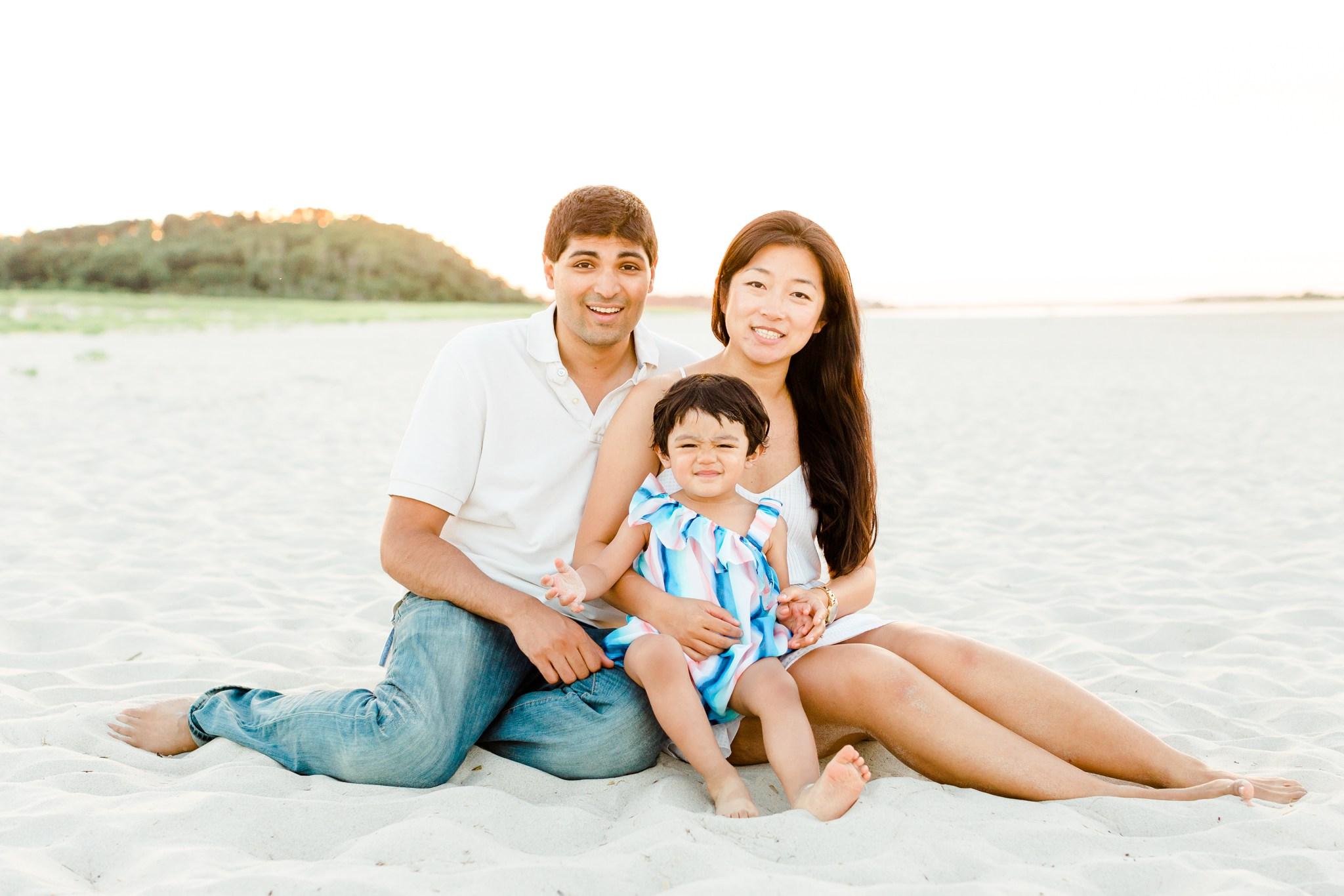 crane_beach_family_portraits_deborah_zoe_00004.JPG