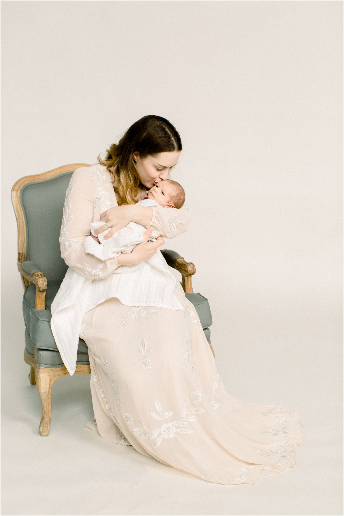 motherhood_portraits_deborah_zoe_photography_00005.JPG