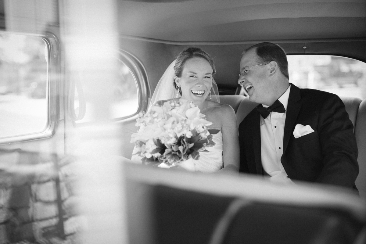 new_england_wedding_photographer_black_and_white.jpg