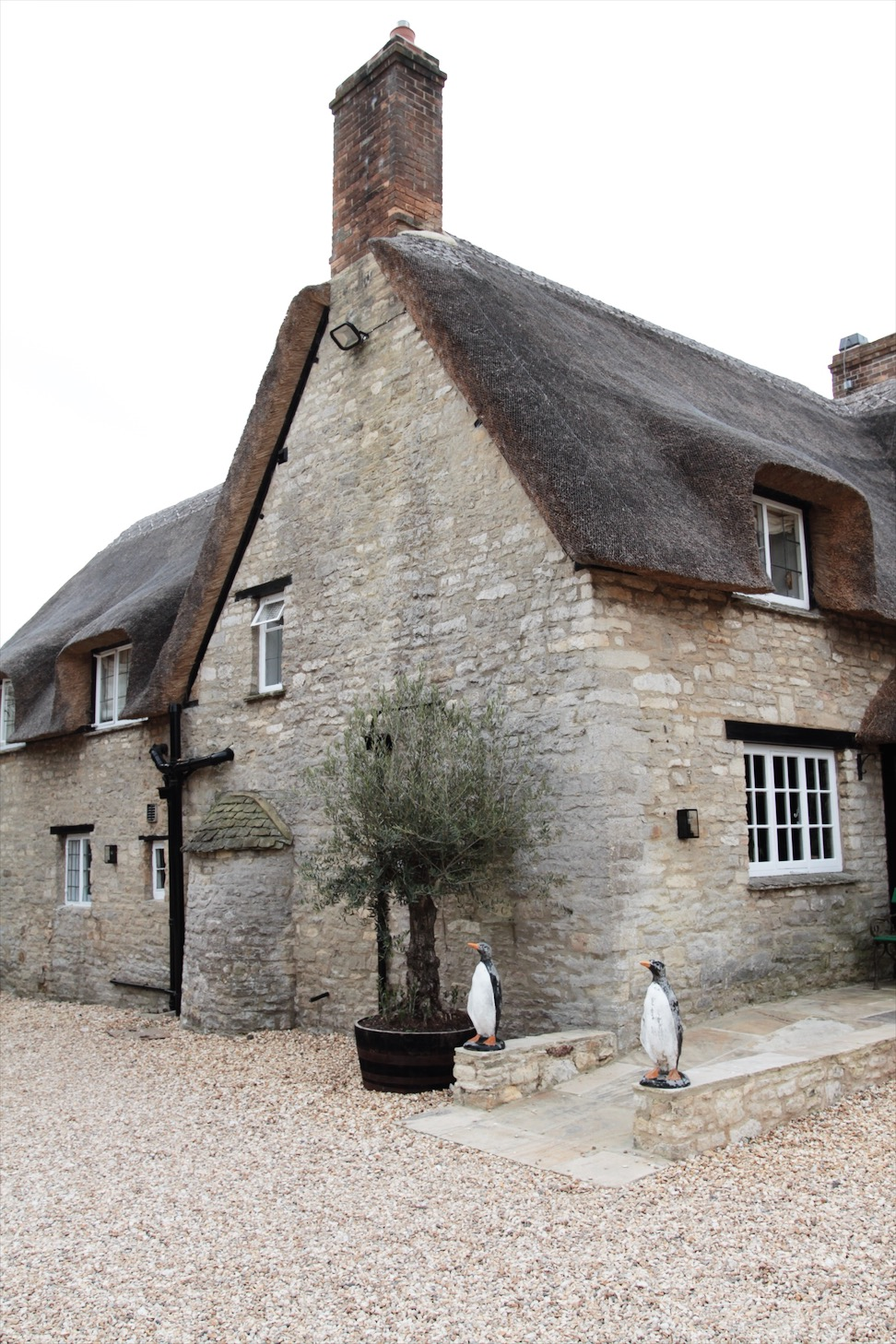 Artist Residence || Beaux Cotswold Weekend