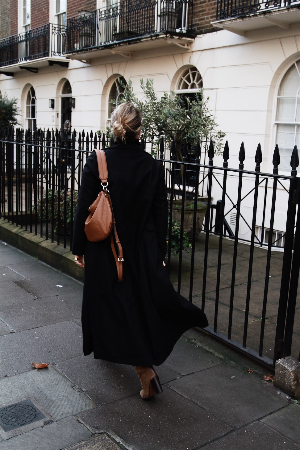 Over The Knee Boots Maternity Style || The Beaux Journals
