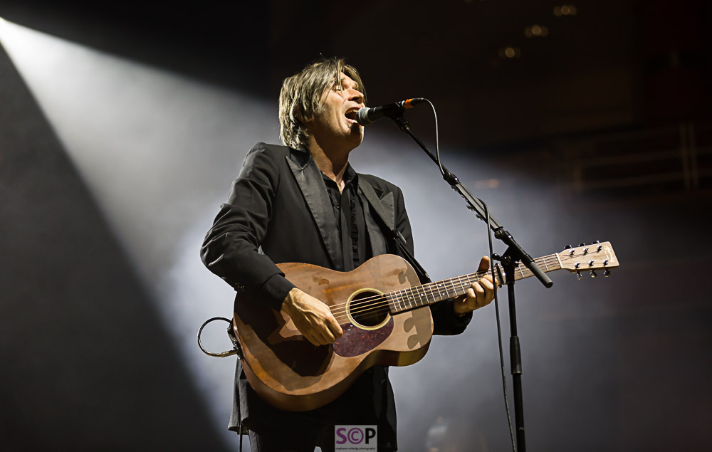 justin currie of del amitri on stage in birmingham stephanie colledge photography.jpg