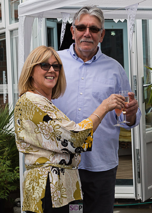 Guests with champagne