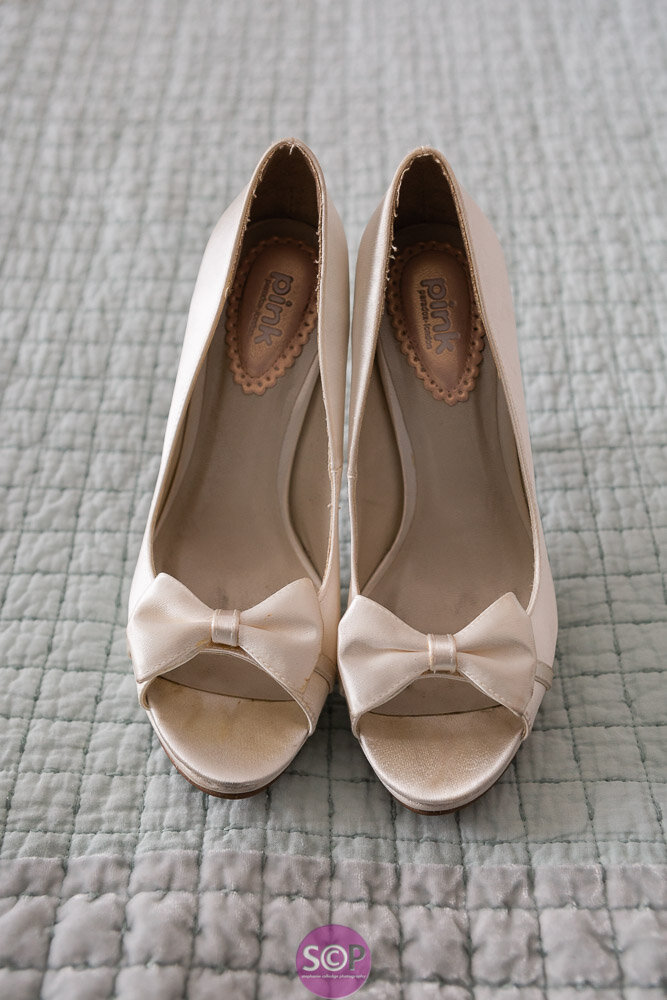 wedding shoes stephanie colledge photography