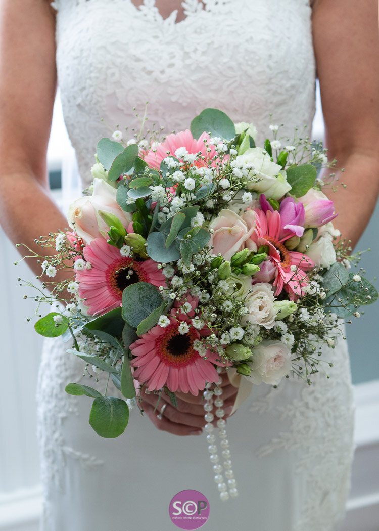 bridal bouquet stephanie colledge photography