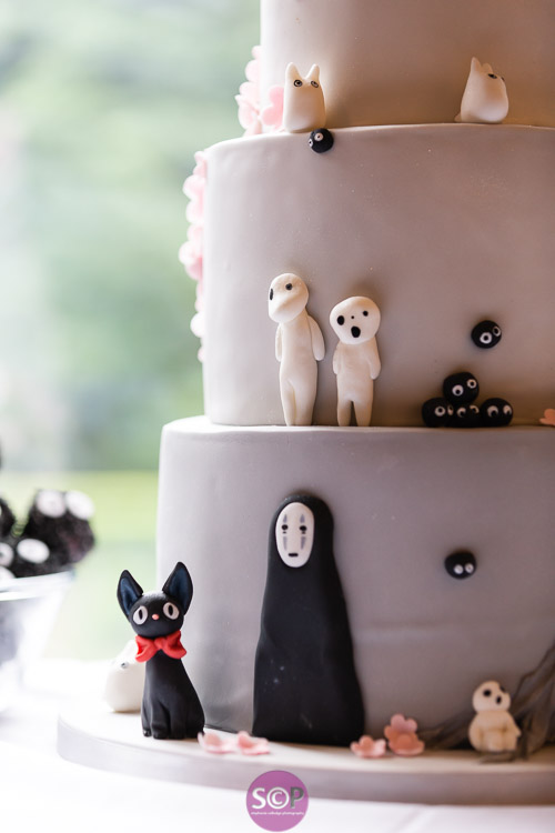 anime inspired cake by the cats meow coventry wedding