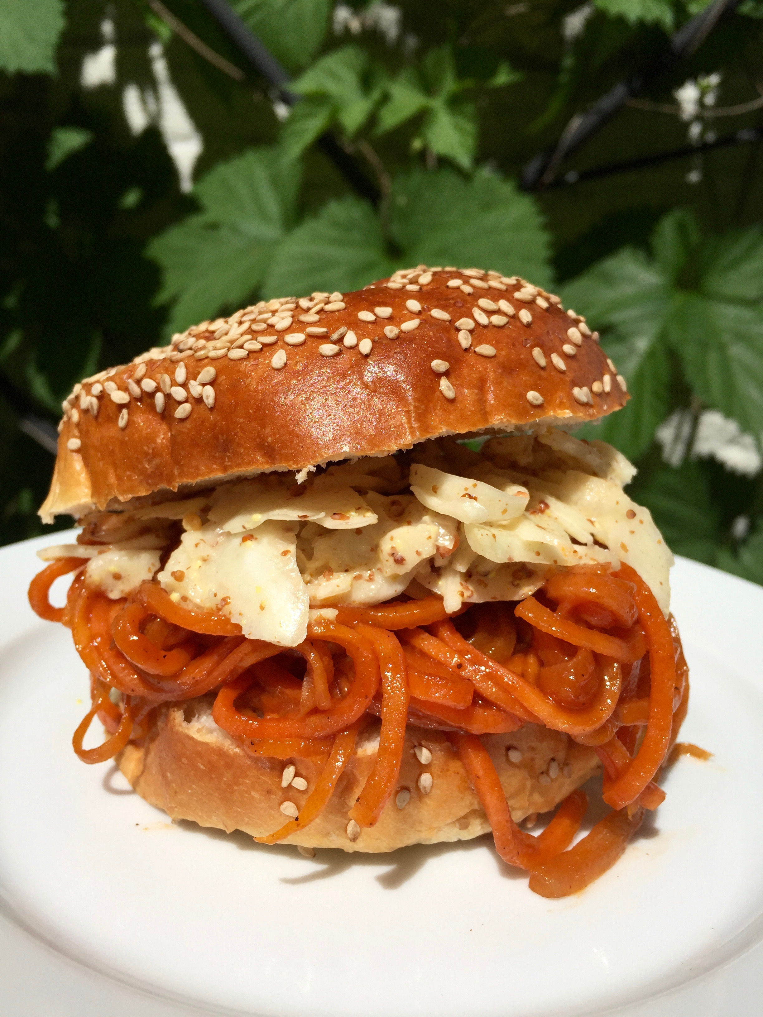 Vegetarian BBQ Pulled Carrot Sandwich with Spiralized Carrots