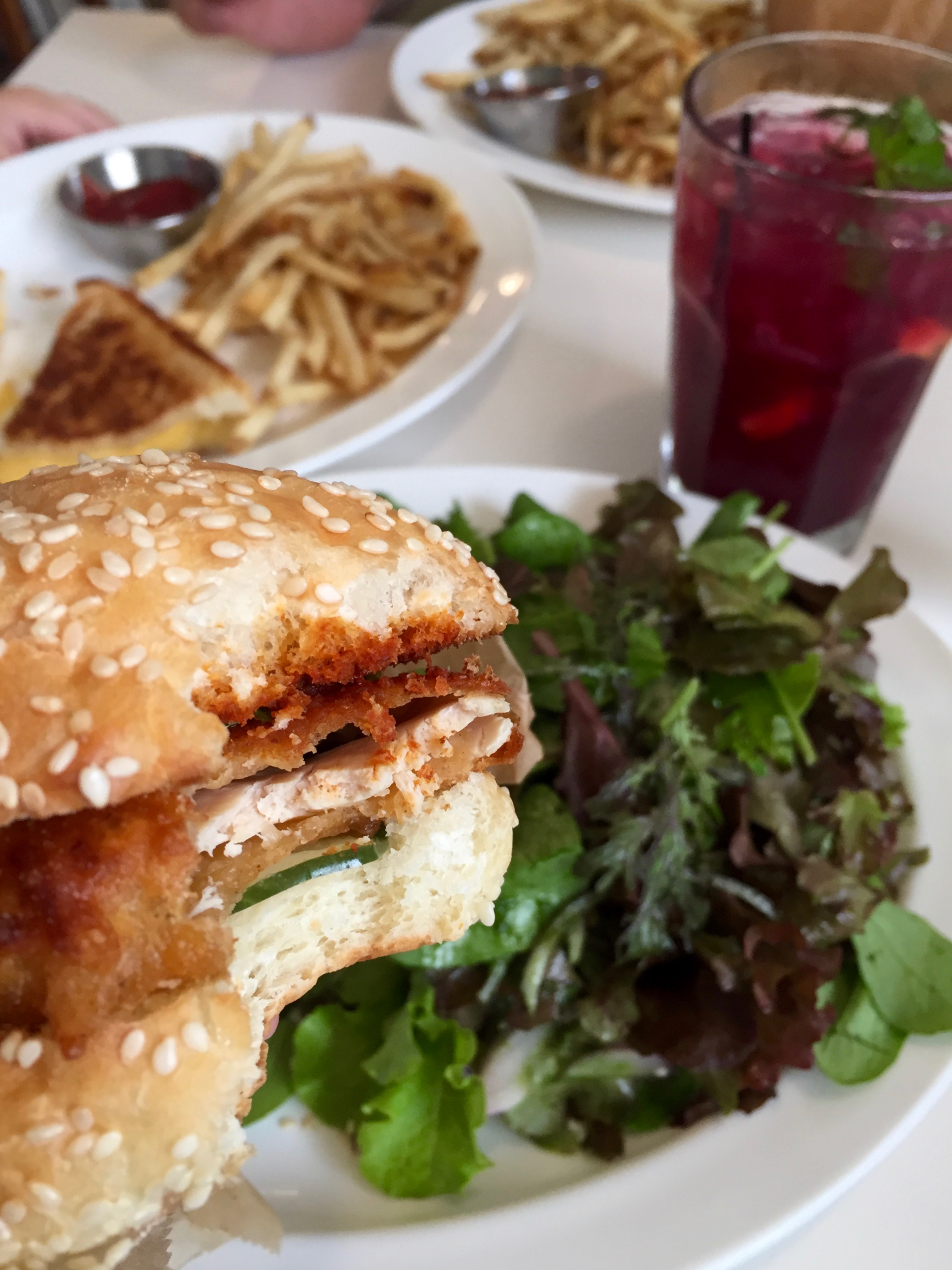 gracies luncheonette chicken sandwich