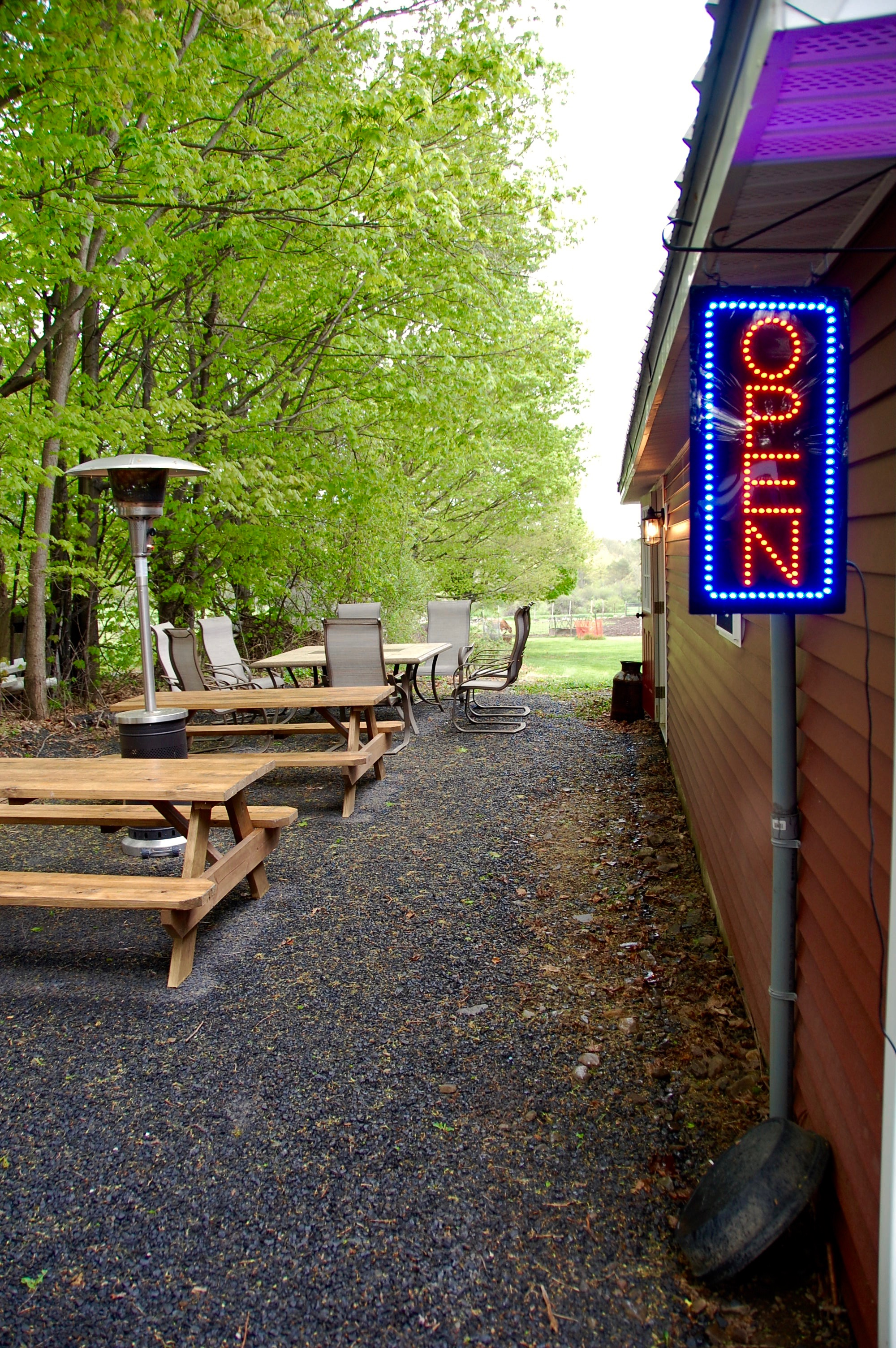 Hop Barn's outdoor, family-friendly seating.