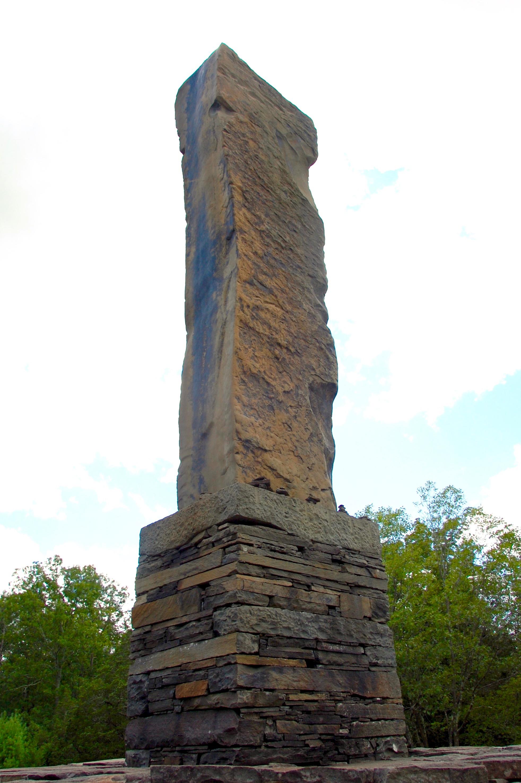 opus 40 obelisk
