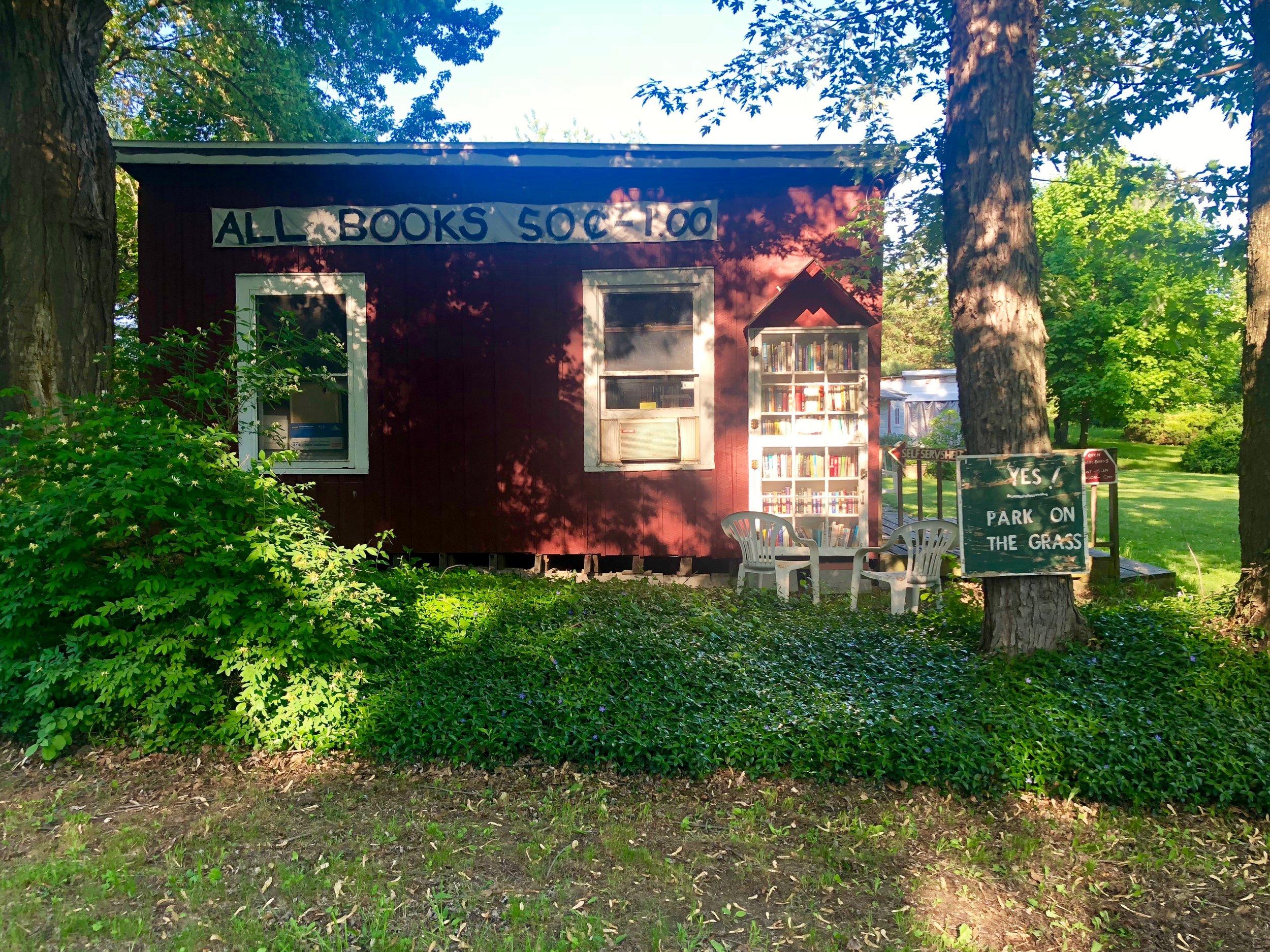 Little Red Book Shack, Livingston, NY