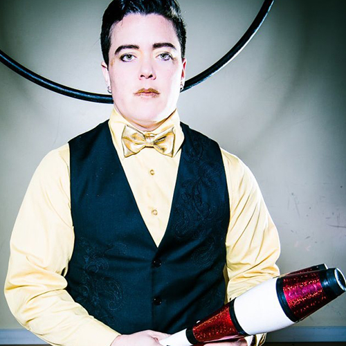 As a teaching artist, non-profit program administrator, and circus performer,  Indi McCasey  brings a a collaborative and interdisciplinary approach to all of his work and has a strong interest in arts-integrated education.