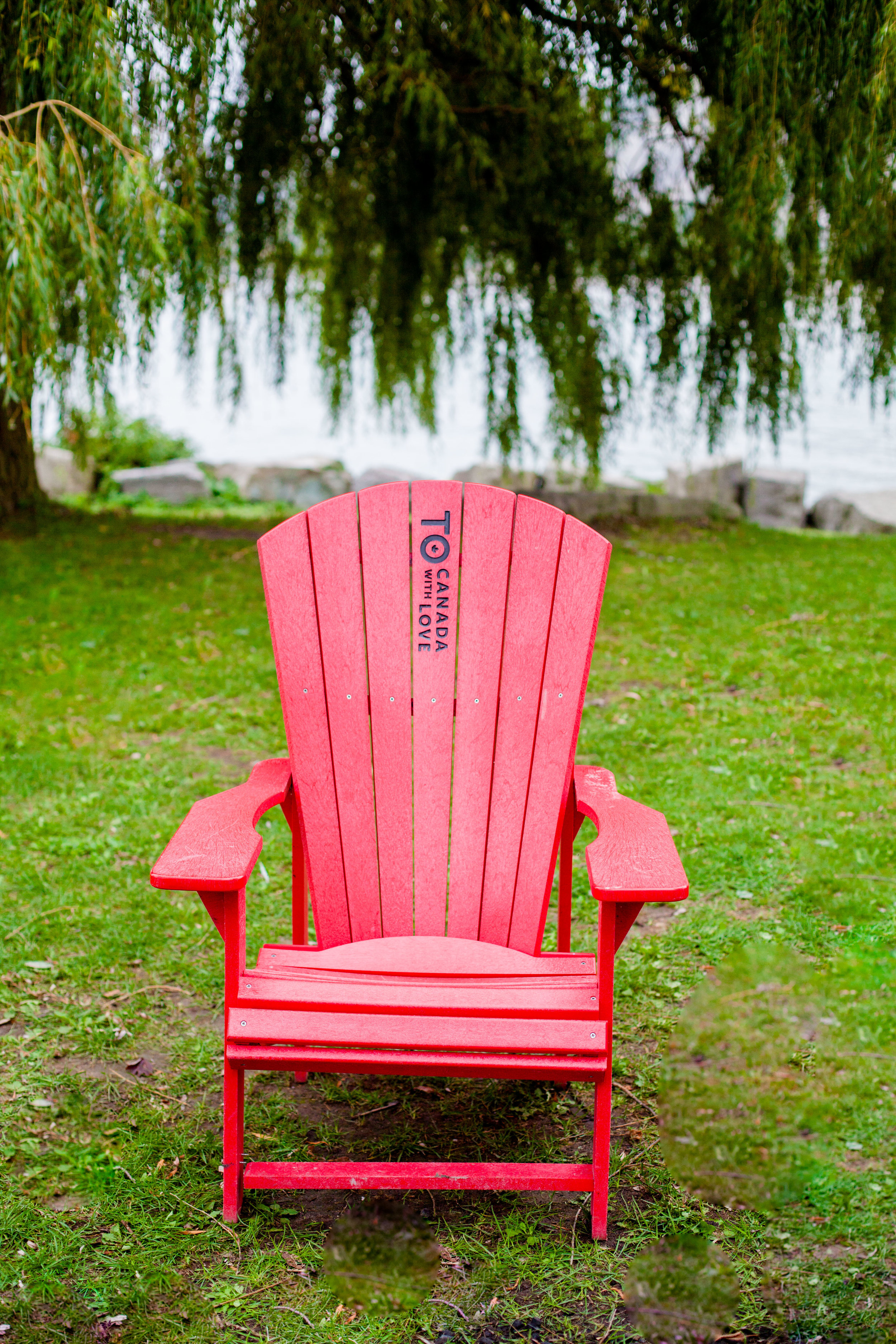 Scarborough Bluffs Toronto Blogger Architecture Ontario Nature Blogs After 50 years old greenery Red Muskoka Chairs