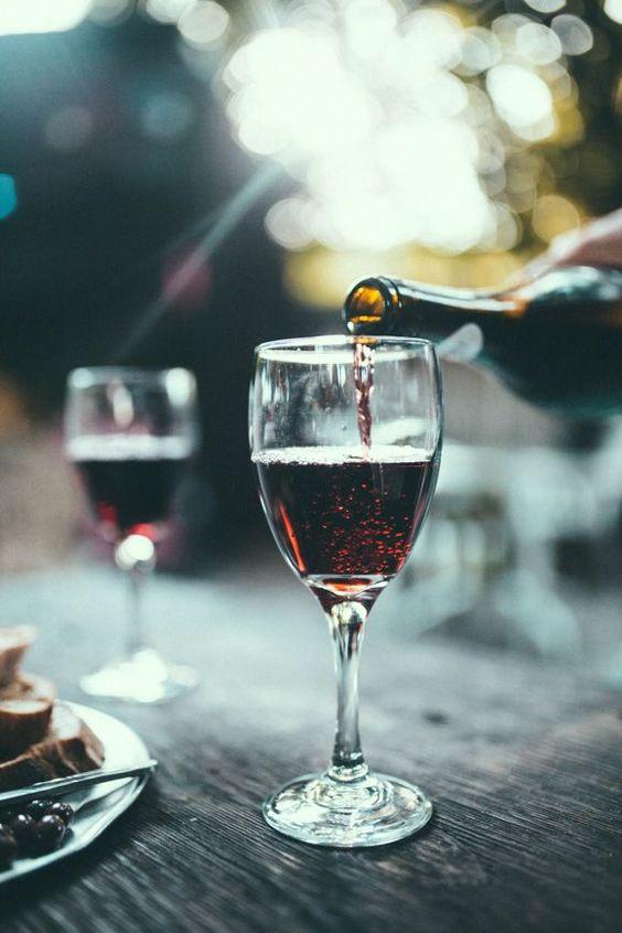 High wine - proeven bij  Wijnbar & Tapperij Den Olifant in Apeldoorn