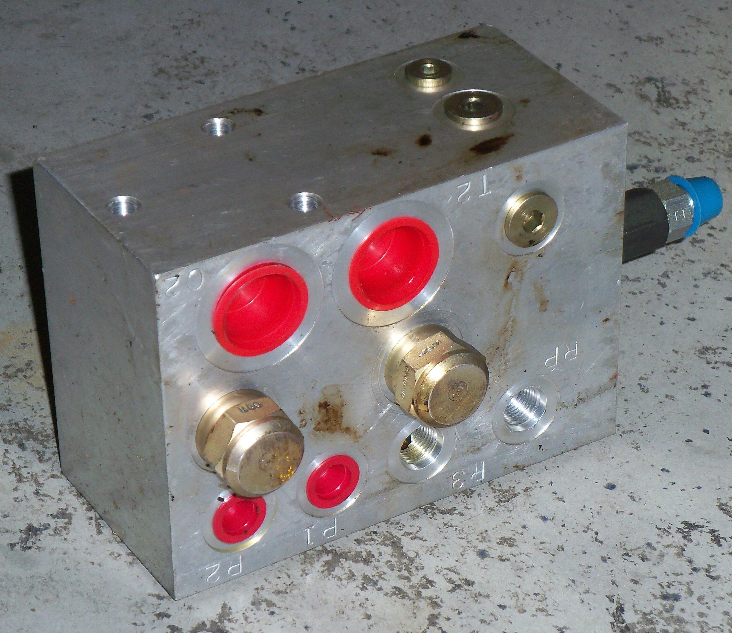 P89984-1.jpg