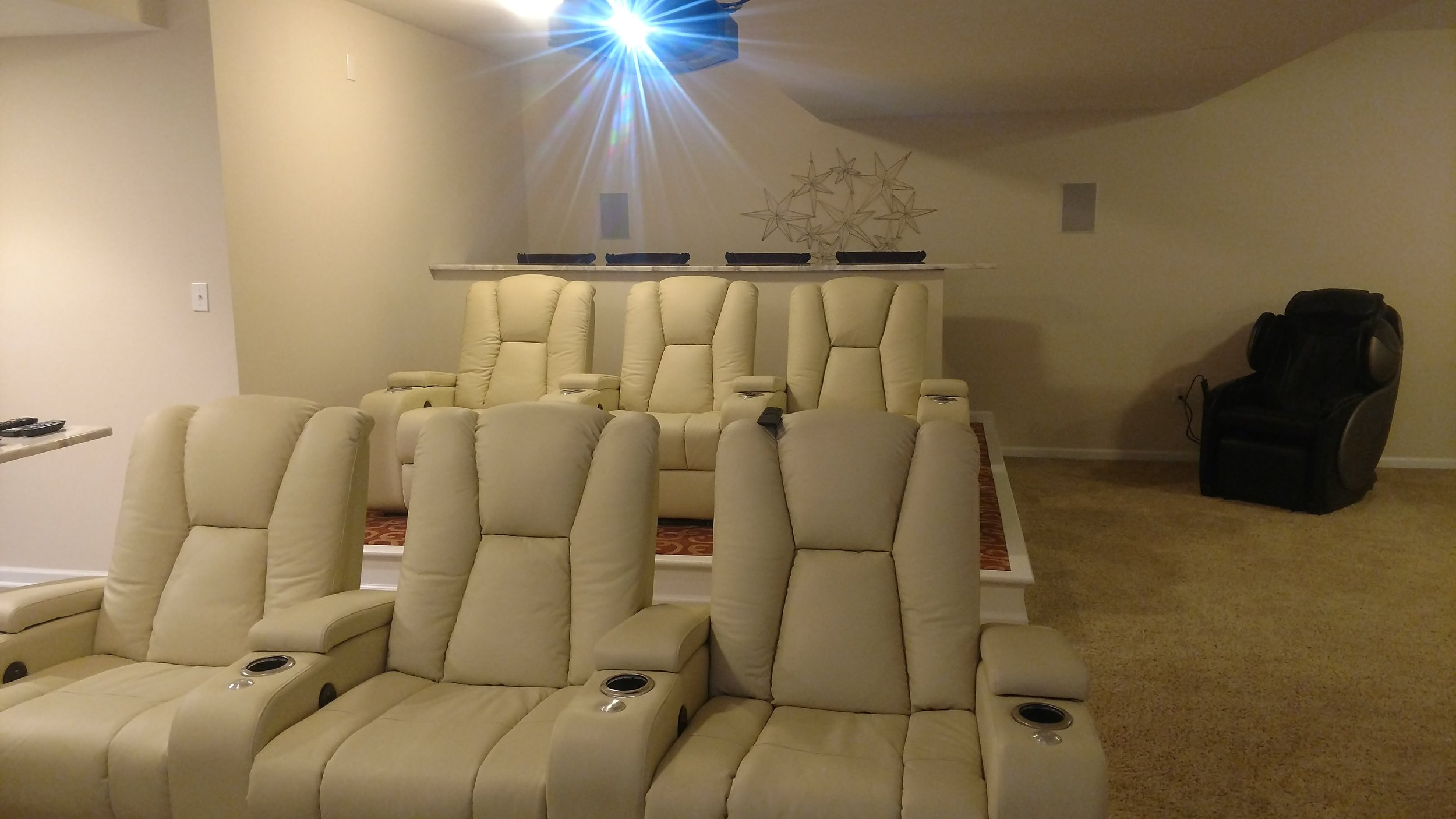 yasdet front seats.jpg