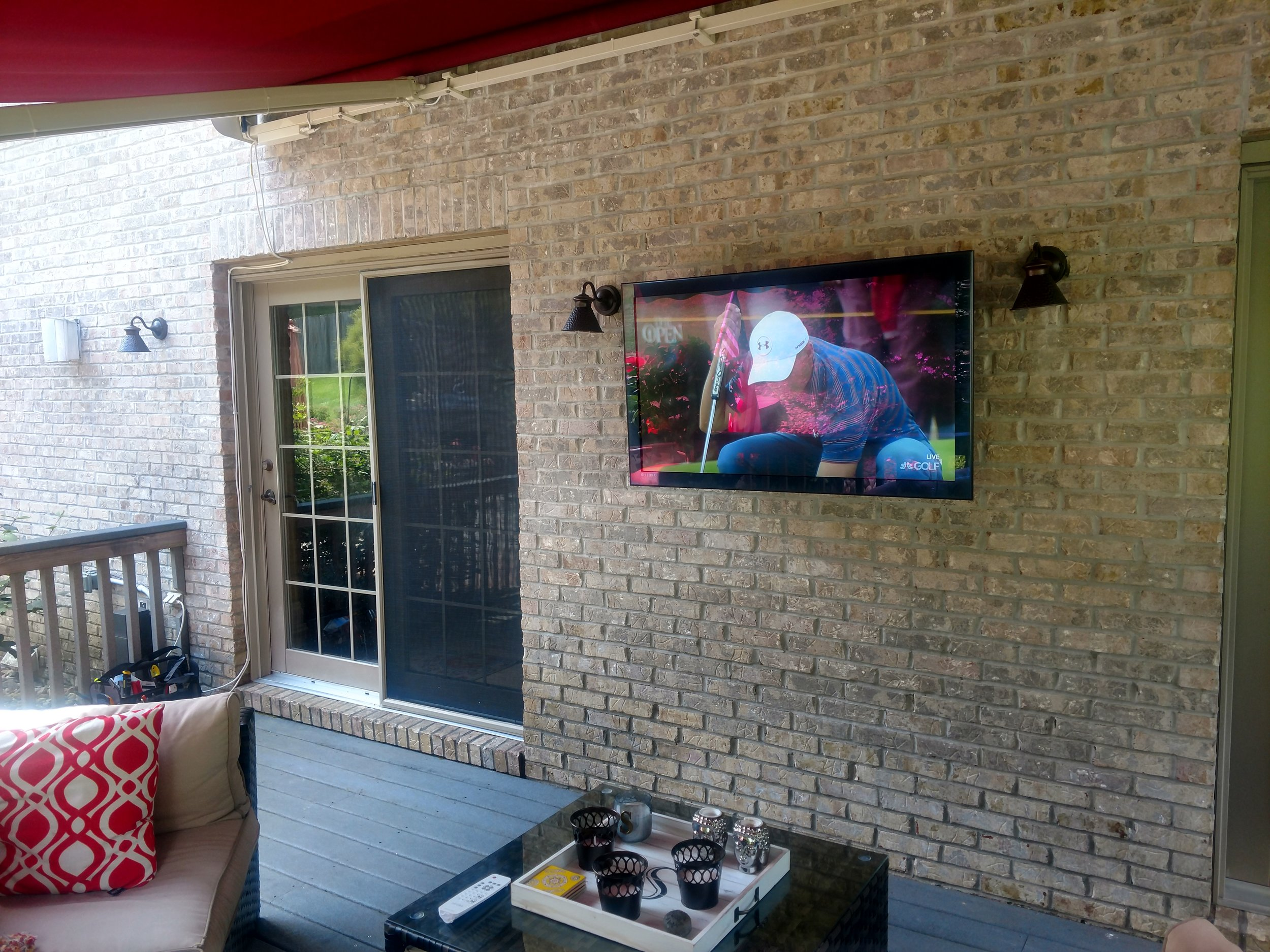Outdoor TV/Audio - Impress your friends and family with an outdoor entertaining experience that Cinemagic will help you design. Learn more
