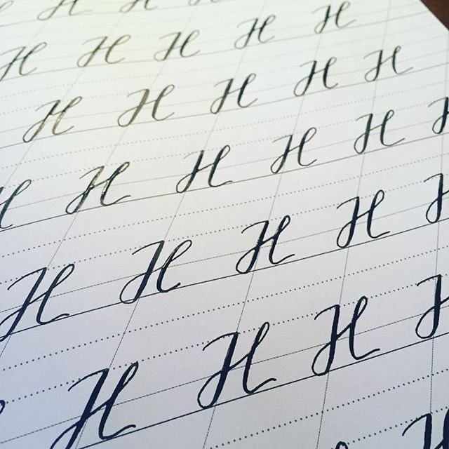 Still wet ink on these glossy capital H's. I had a blast at our workshop yesterday, and got inspired to work on consistency (after talking about it for 2 hours!). What did you guys do this weekend?