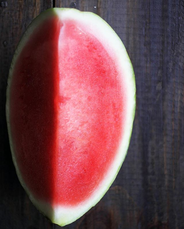 So good for you 🍉 Full of vitamins such as Vitamin A, B6 and C, watermelon is also packed with lycopene and amino acids, all combining to contribute towards healthy skin, aiding the immune system, and benefitting from antioxidants. Arginine (an amino acid) is essential in our bodies and helps with blood circulation in the scalp. Eat 'er up! #totalbodyhealth #yoururbanescape