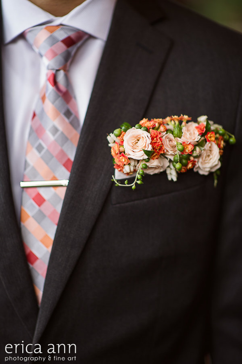 floral+boutonniere+pocket+square+botanical+style.png