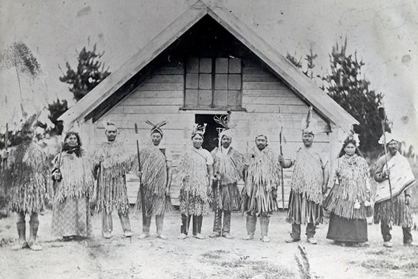 Arowhenua Whānau – Meeting at the original Te Hapa o Niu Tireni, built early 1870's