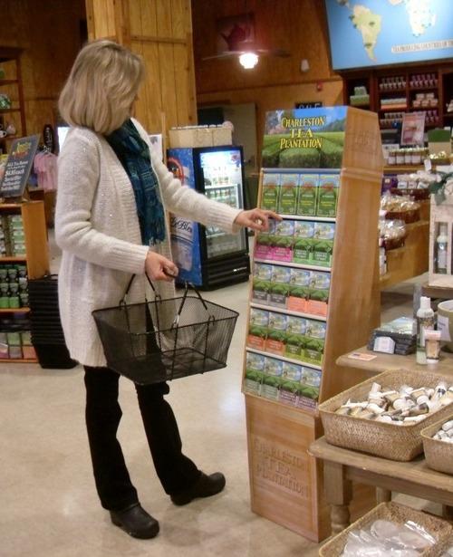 Guest buying Tea