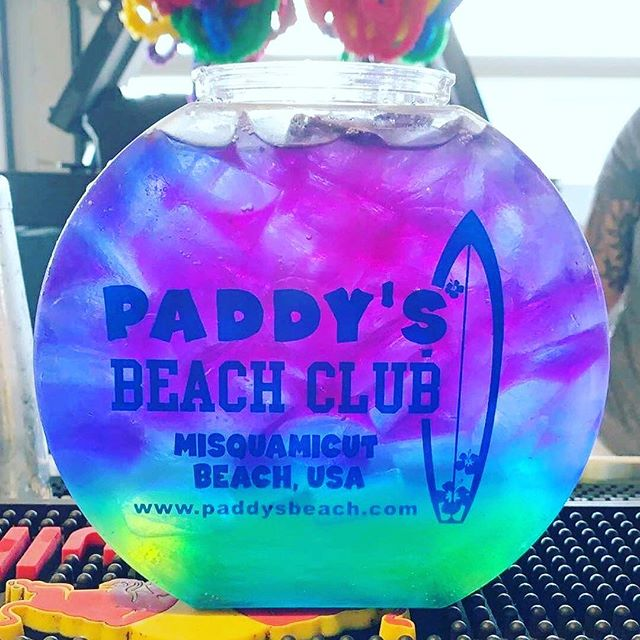 TONIGHT WE PARTY!!! Join us at @paddysbeach for our official kick off to summer!!!! Party starts at 10pm!!! #misquamicut #summer2019  #brandedcountry #paddysbeachclub #sharkattack #countrymusic #countrynight #partytime