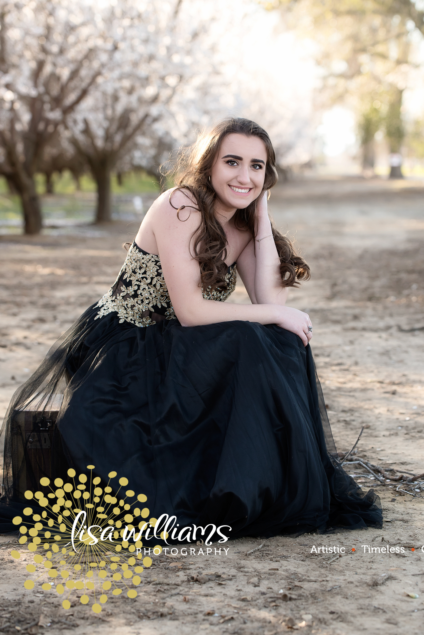 Lisa Williams photography – grass valley portrait photographer- senior portrait photographer- northern California senior portraits- Nevada county senior portraits – Colfax Senior Portraits – Rocklin Senior Portraits- Roseville Senior Portraits – t-20.jpg