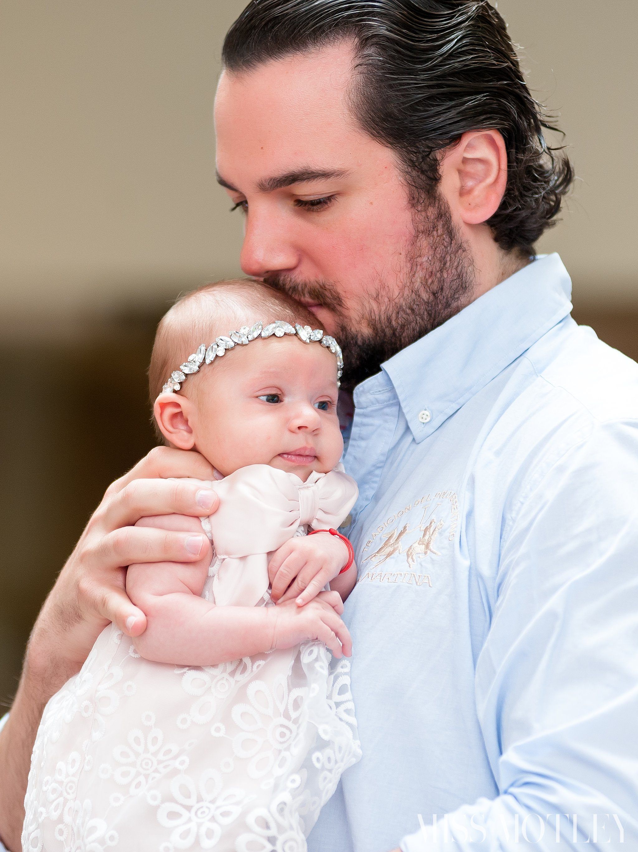 How precious is baby Siena snuggling with her daddy… #Swoon <3