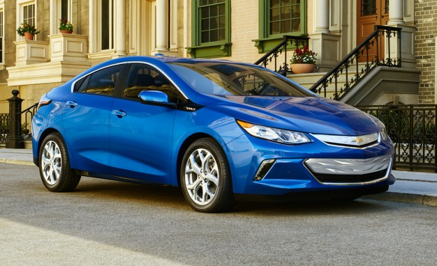 *Data based off of the Volt LT - the lowest priced style, All data courtesy of KBB 5 Year Cost to Own Tool , Costs DO NOT include projected interest from financing, as there is no reliable way for me to estimate your APR or down payment.