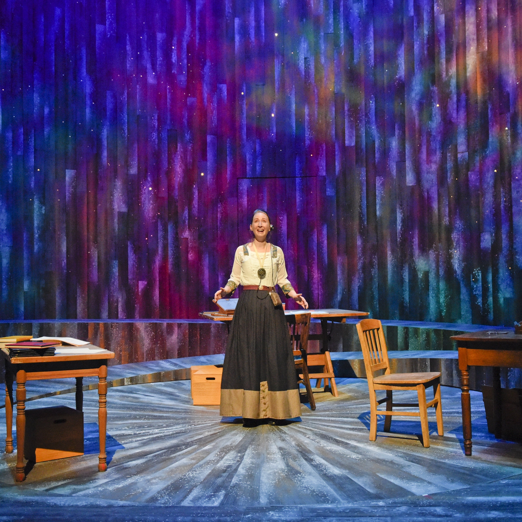 SILENT SKY by Lauren GundersonWaterTower Theatre - Directed by Kelsey Leigh ErviScenic Design by Clare Floyd DeVriesLighting Design by Leann BurnsCostume Design by Sylvia FuhrkenSound Design by Ryan JoynerPhotos by Karen Almond